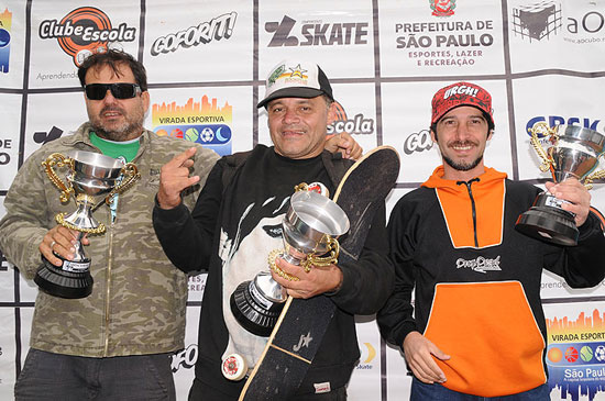 Jorge, Zunga, Jeff Cocon, Ed Scander, pódio legends
